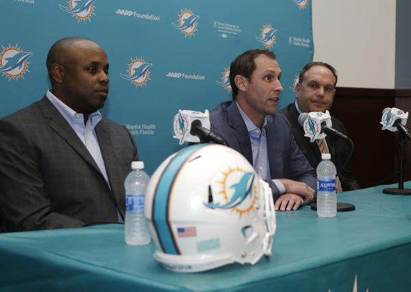 Dolphins trade out of fifth round to get three of Patriots' picks