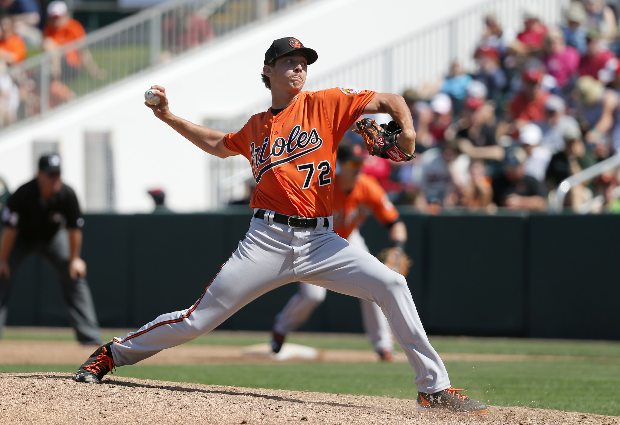 Bal-orioles-top-pitching-prospect-hunter-harvey-suffers-second-setback-with-groin-to-see-specialist-20160430