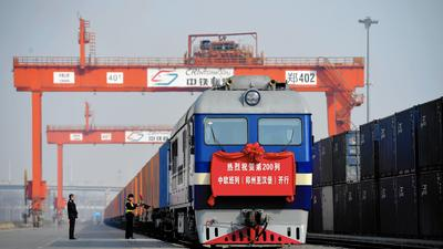 China looks to economic future with its New Silk Road plan