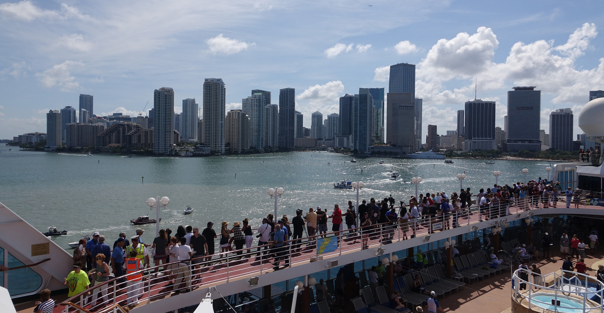 First US Cruise In Decades Arrives In Cuba Chicago Tribune - Cuba cruise ship