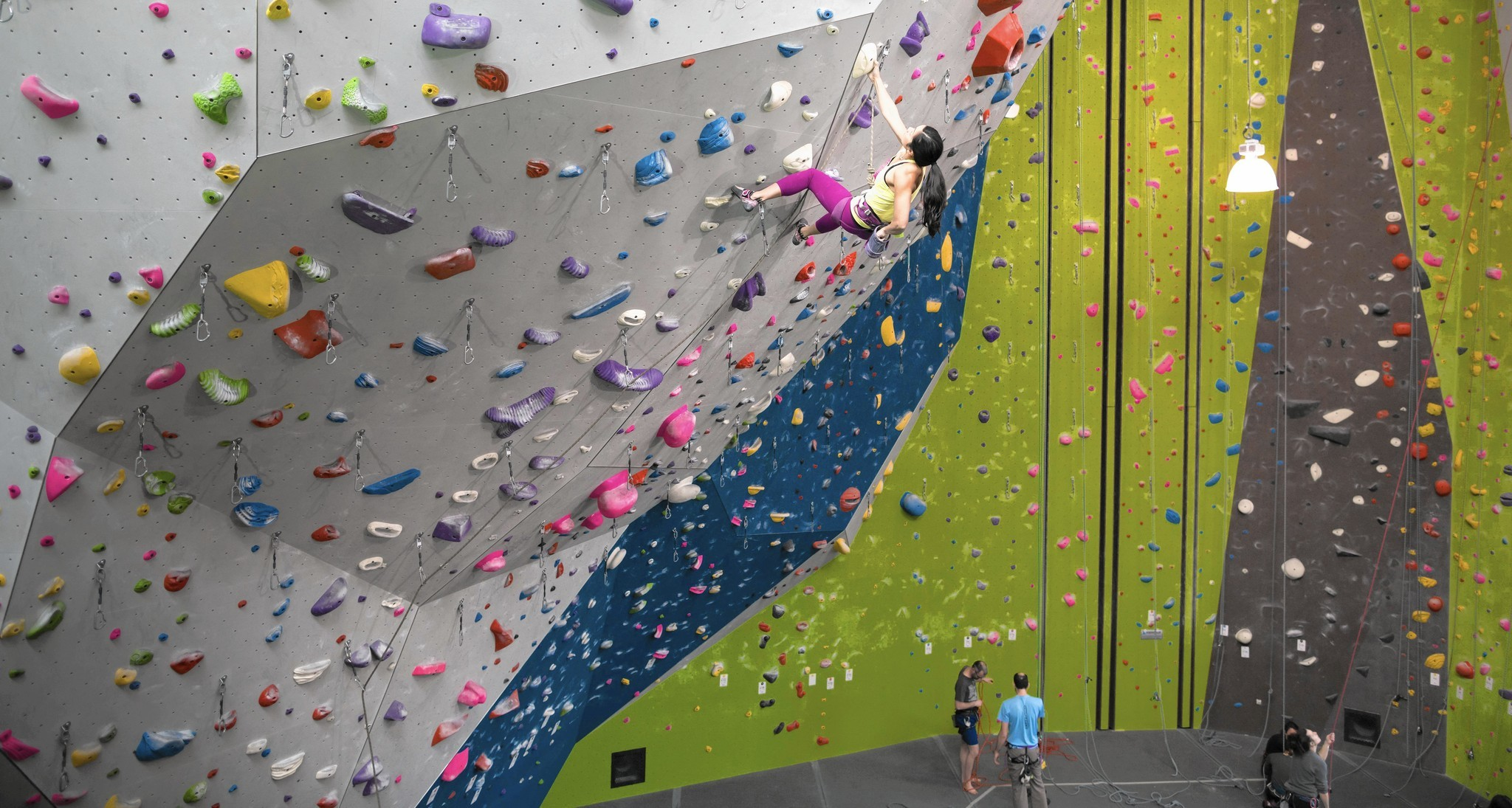 Massive climbing gym plans to open in Chicago - Chicago Tribune