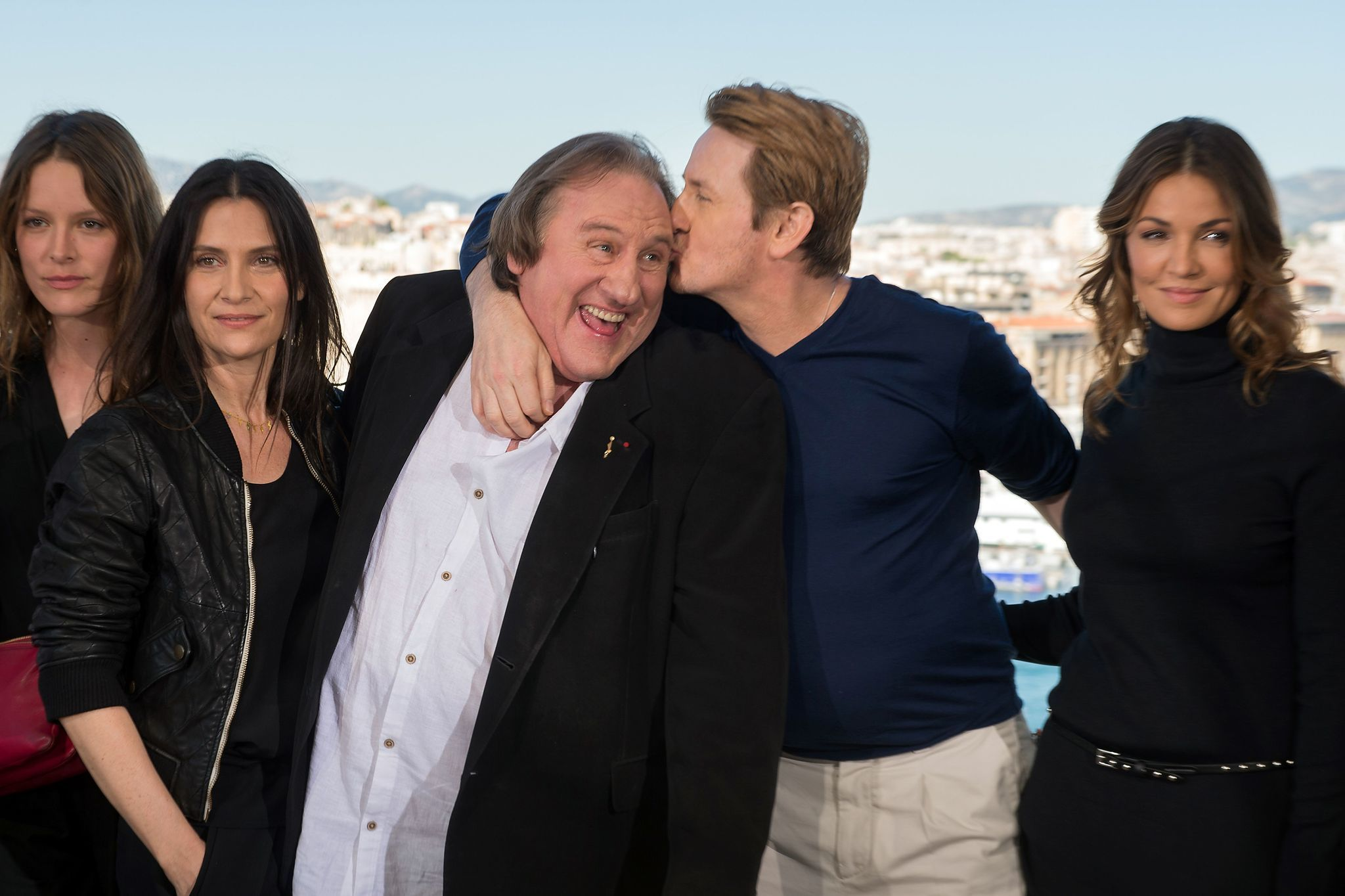 Netflix 39 s new french tv series 39 marseille 39 represents a - Marseille film streaming ...