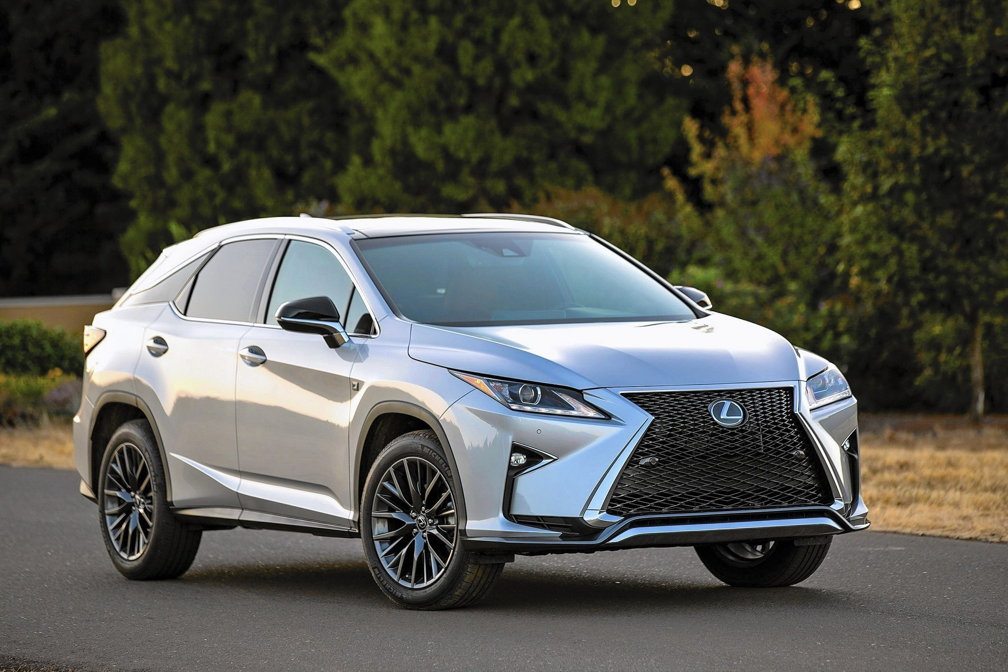 luxurious lexus rx makes cheaper nx look bad in comparison la times. Black Bedroom Furniture Sets. Home Design Ideas