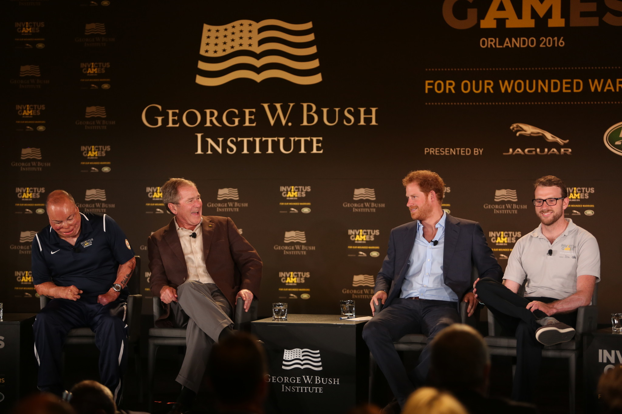 prince harry and president george w bush at invictus games