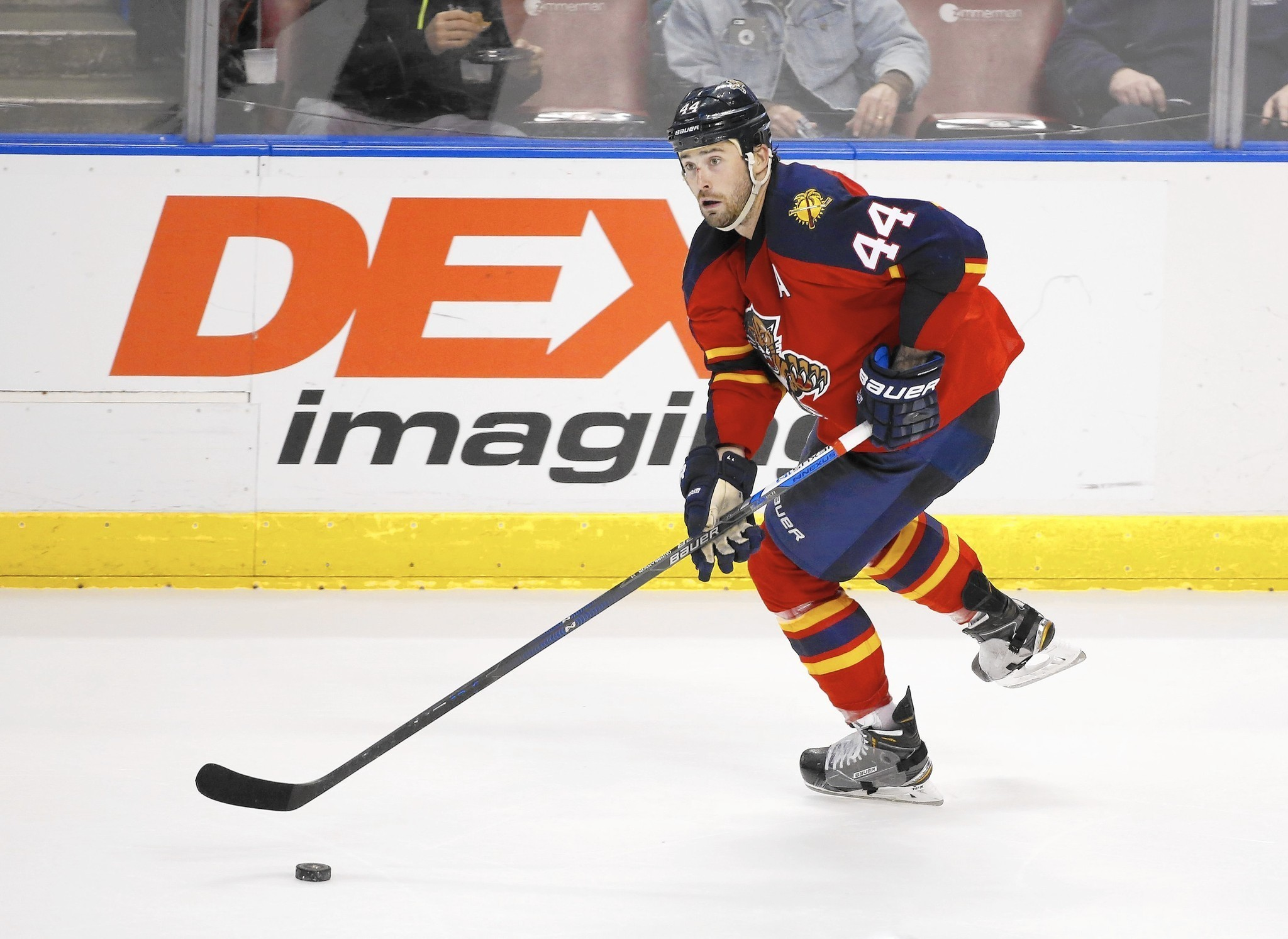 Sfl-panthers-extend-defenseman-erik-gudbranson-to-one-year-deal-20160509