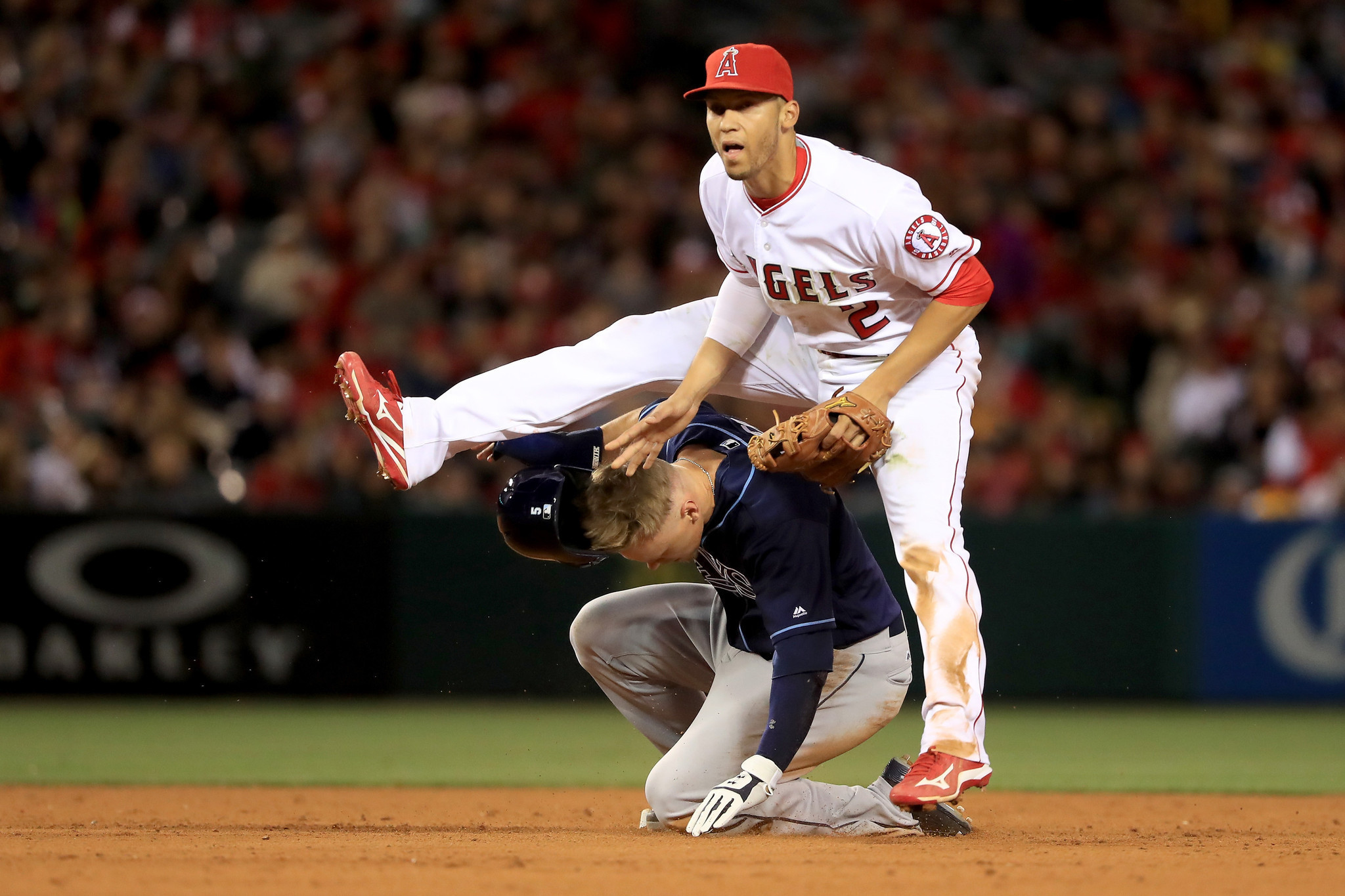 La-sp-sn-angels-andrelton-simmons-surgery-20160509