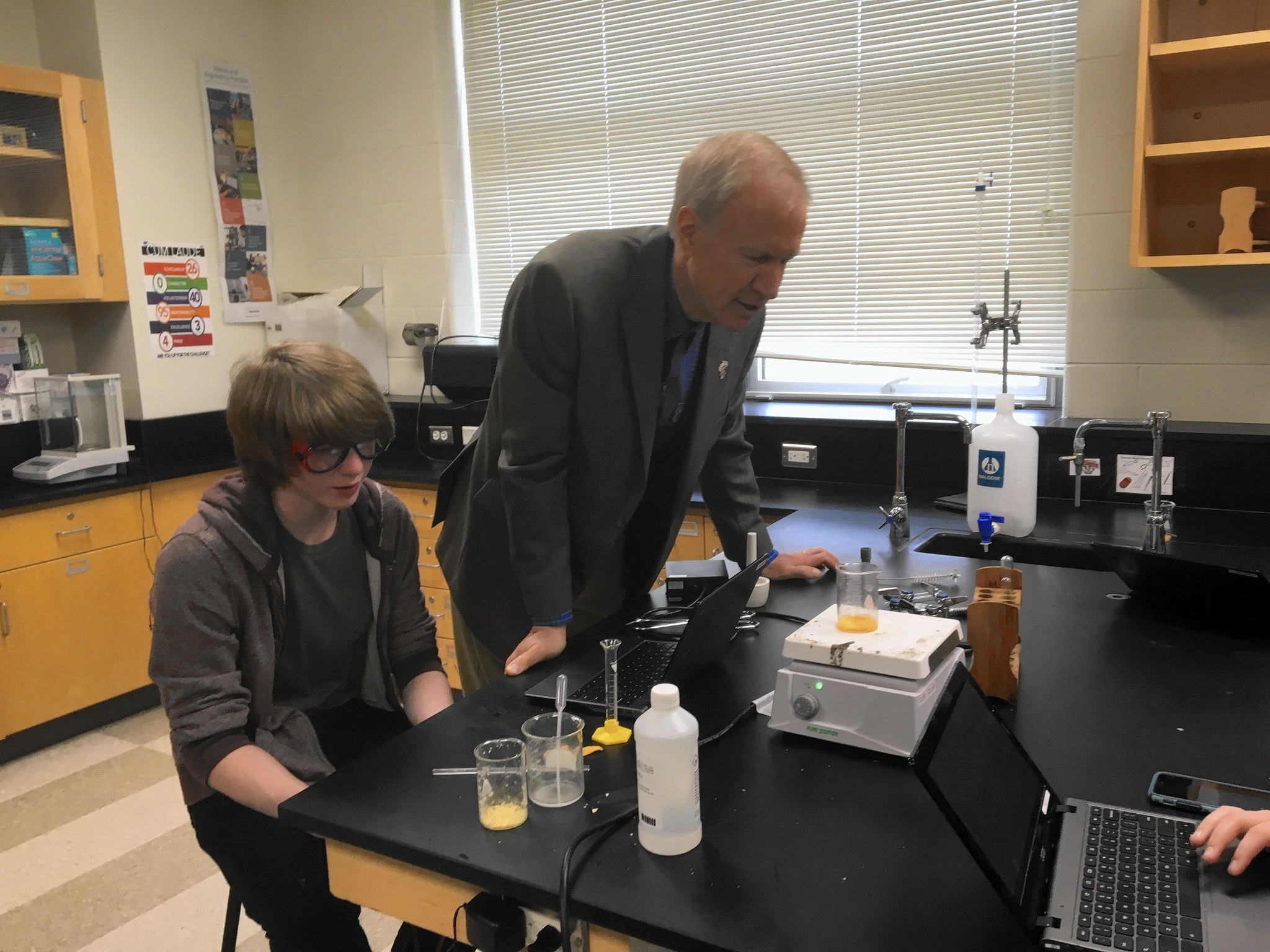 Lakes High School students quiz Rauner on budget, medical marijuana