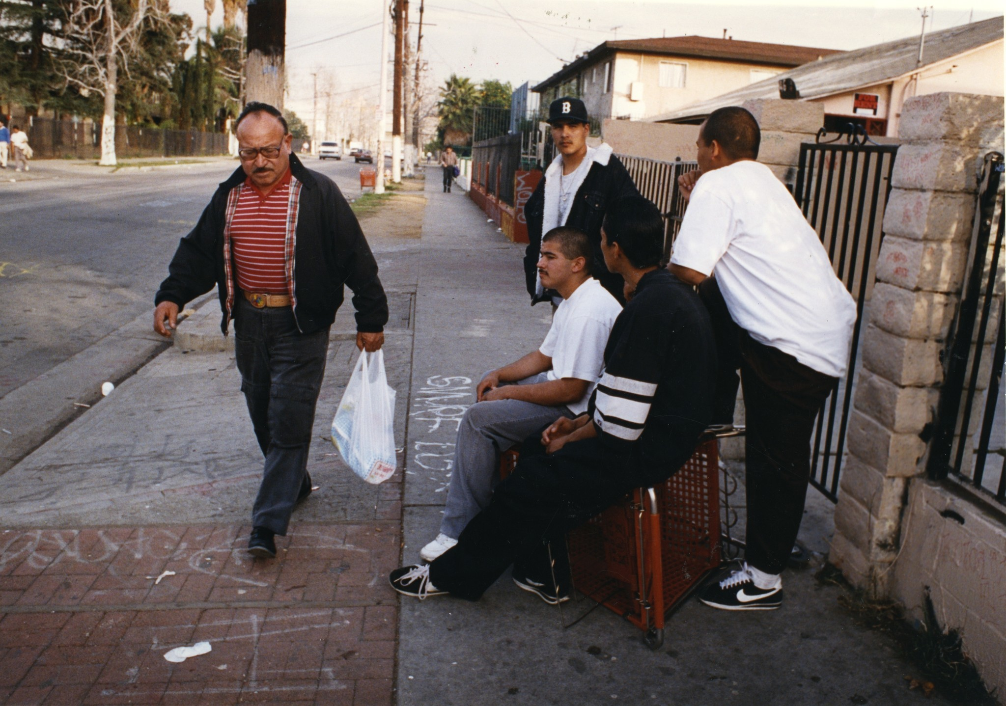 a history of crimes and gangs in los angeles in 1960 1980s 29, 1980, lasted 19 days, and the subsequent murder of james a  after  becoming mob boss in the 1960s, he toned down his wardrobe, lest he draw  more attention from fbi snoops  giordano was convicted in the california  robbery  on april 2, 1985, of racketeering and other offenses in the gang war.