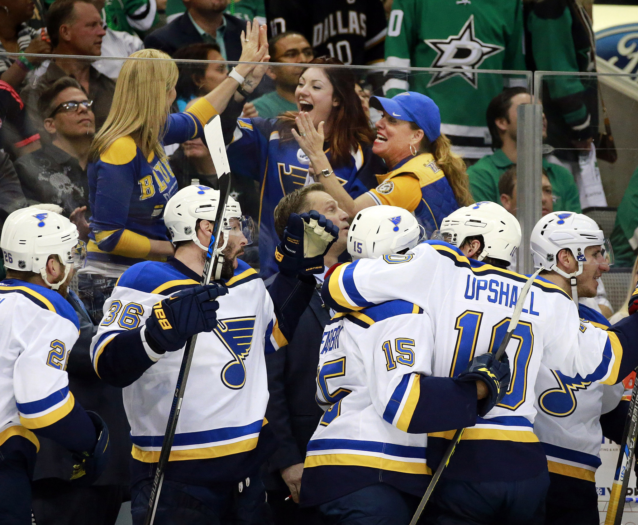 Ct-blues-western-conference-finals-20160512