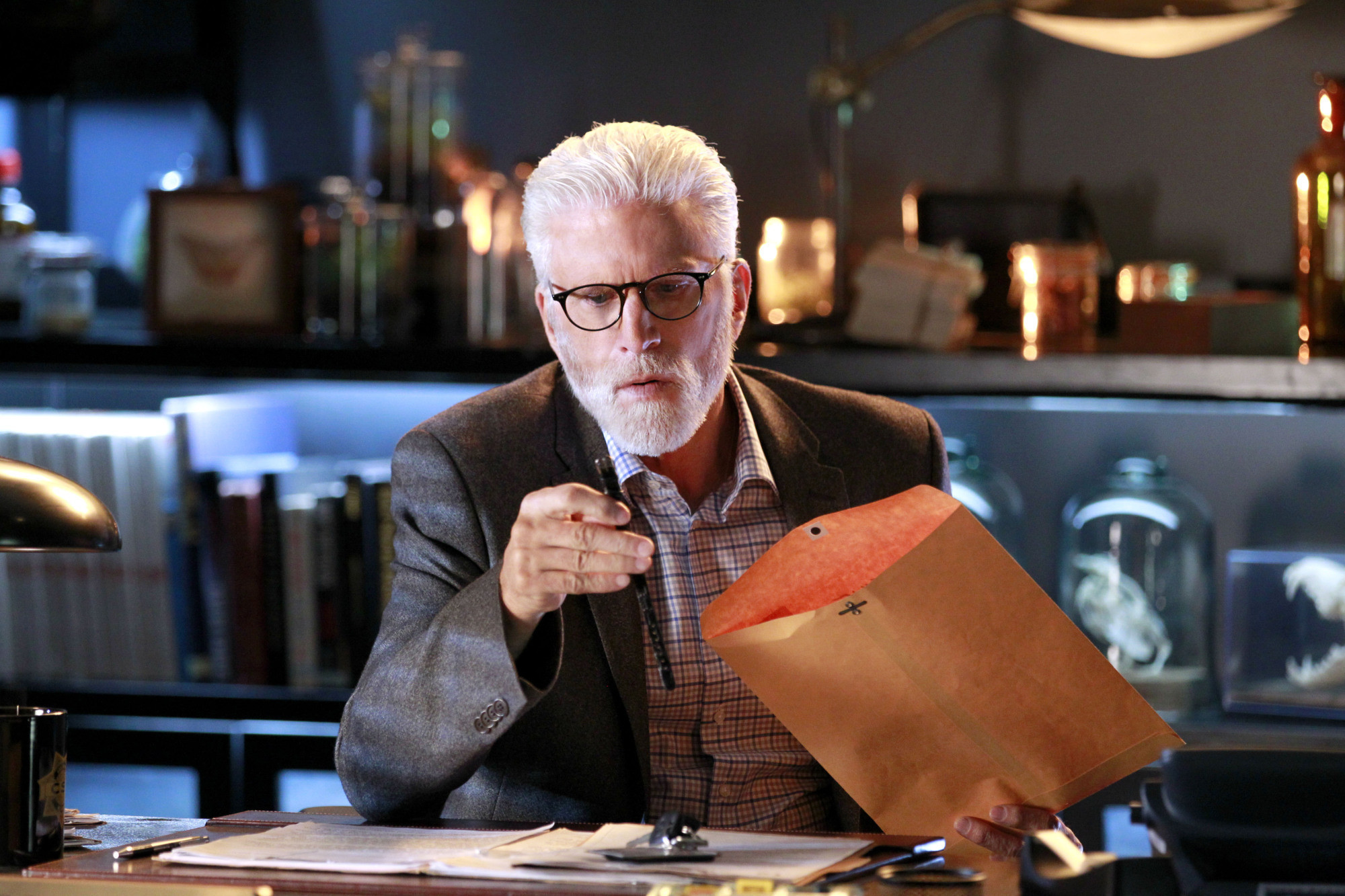 Goodbye, 'CSI': An 'interesting experiment' that lasted 16 years - Chicago Tribune