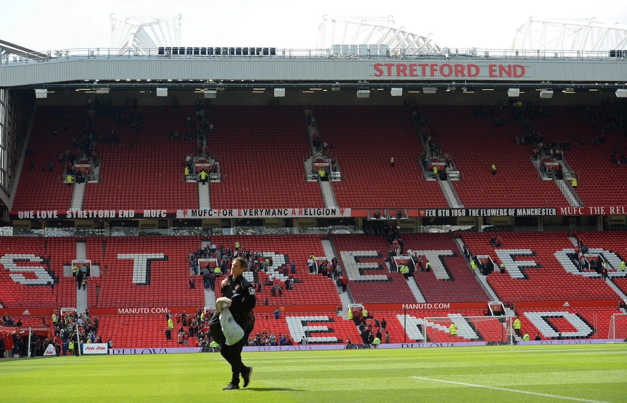 Police: Fake bomb at Manchester United's stadium left from ...