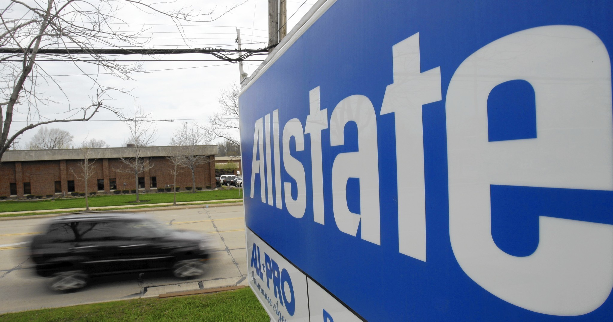 Allstate raises minimum pay to $15 an hour Chicago Tribune