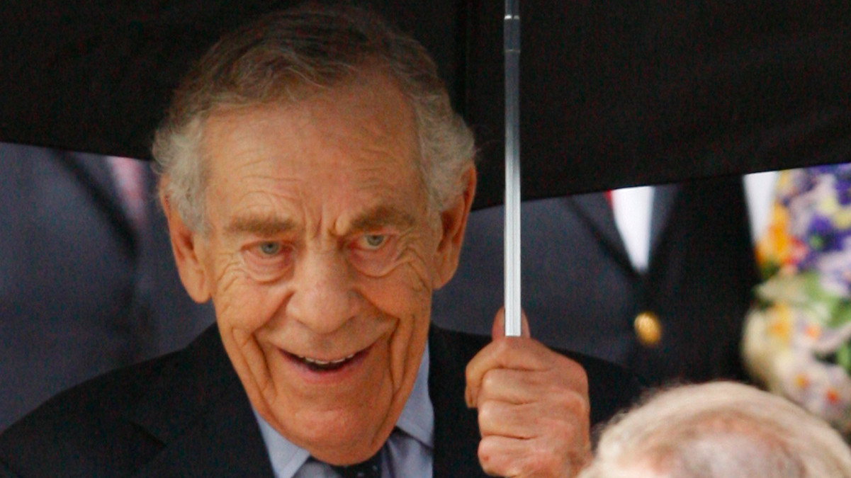 Broadcast journalists remember Morley Safer: He 'showed us what journalism could be' - LA Times