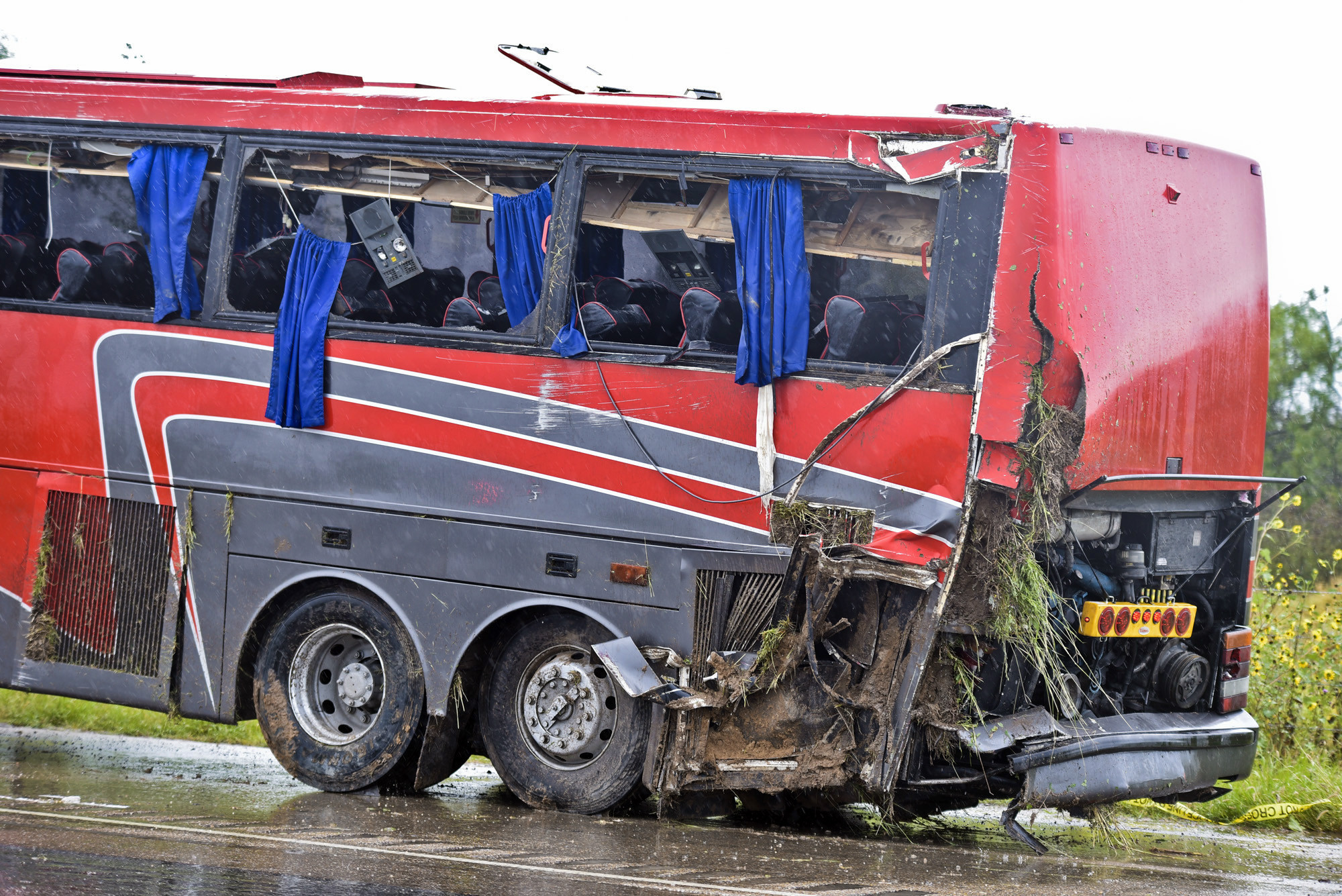 Texas bus company in crash that left 8 dead, 44 hurt has faced vehicle problems before