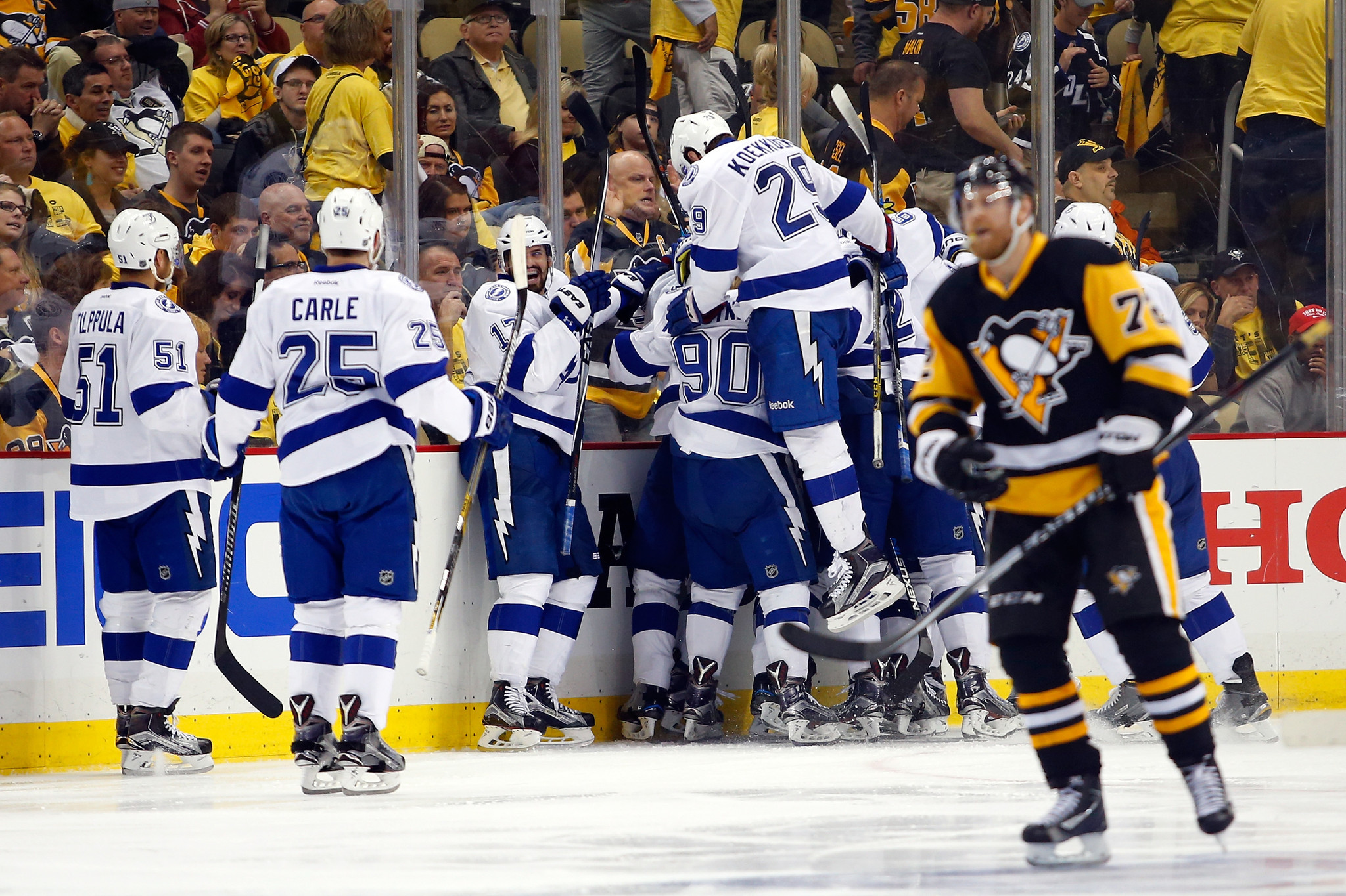 Ct-lightning-penguins-game-5-20160522