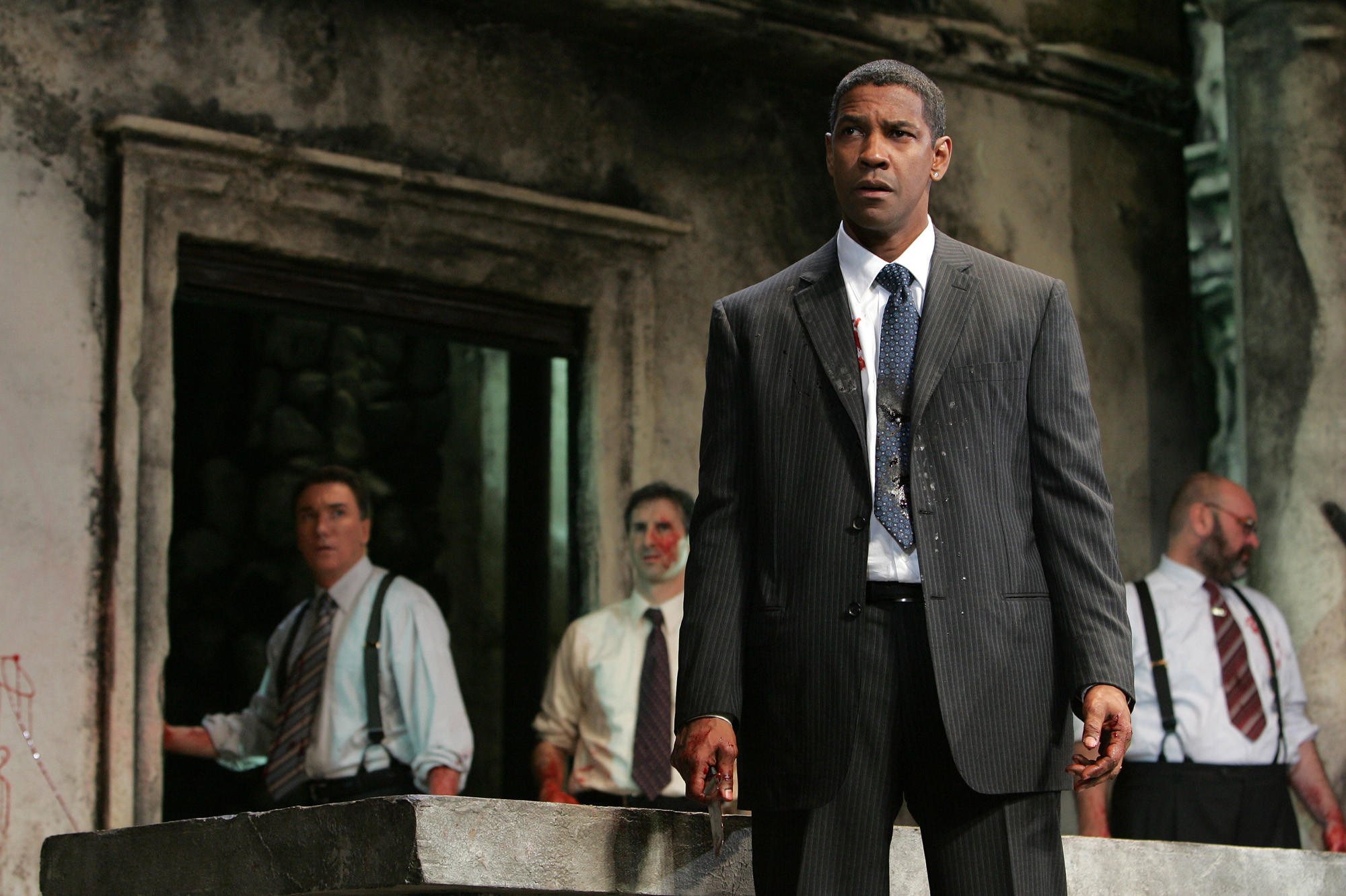Denzel Washington in a scene from the modernized revival of 'Julius Caesar' at Broadway's Belasco Theatre in 2005.