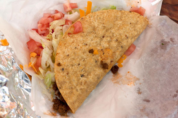 Day 23 is there a good hard shell taco in chicago for Seashell fish chicken chicago il