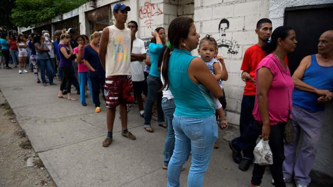 It costs $150 to buy a dozen eggs in Venezuela right now - LA Times