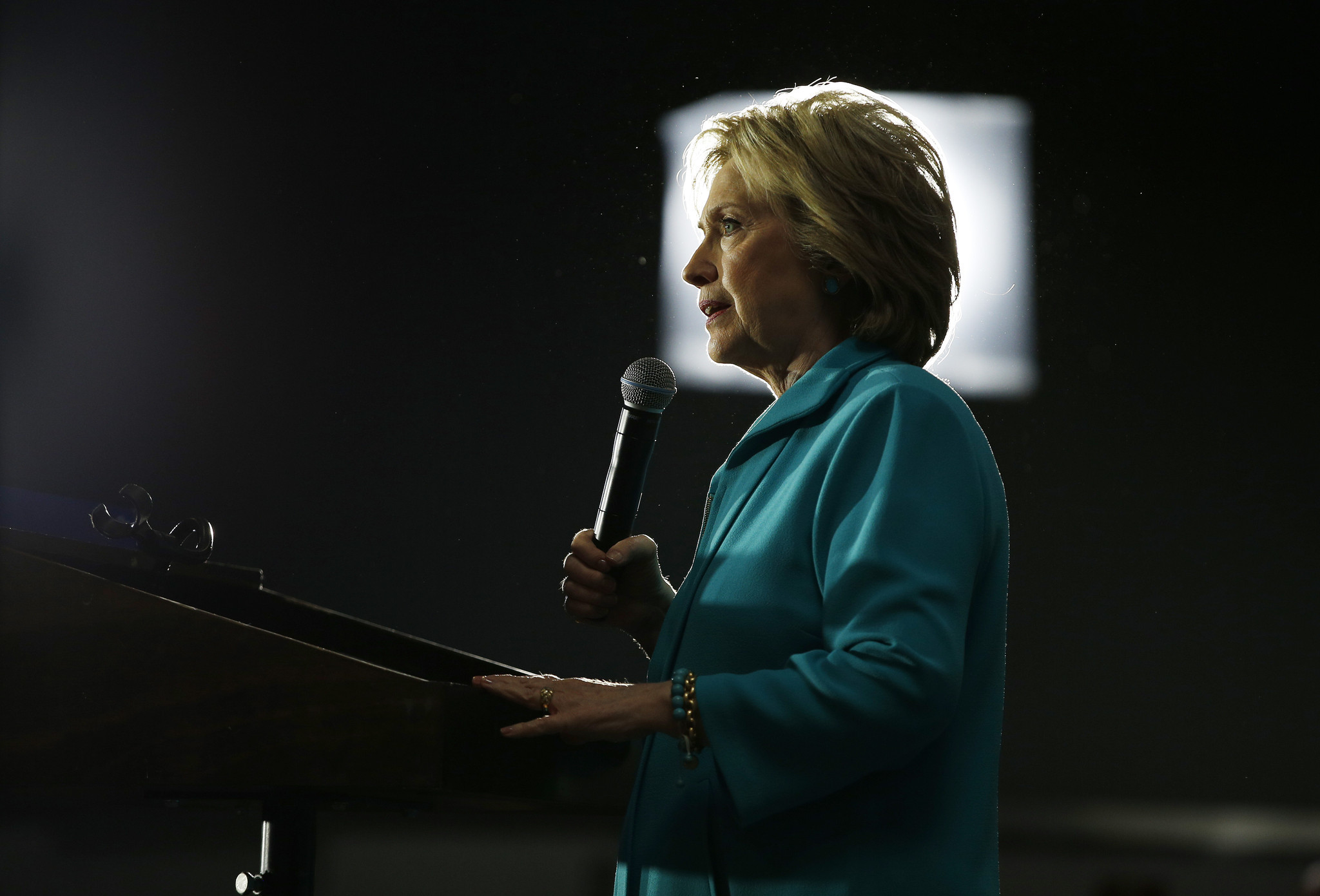 State Department audit faults Clinton on email security