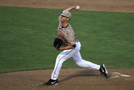 Dp-spt-teel-column-acc-baseball-20160525