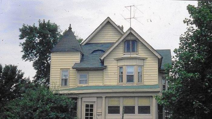 Elgin home in 1980s