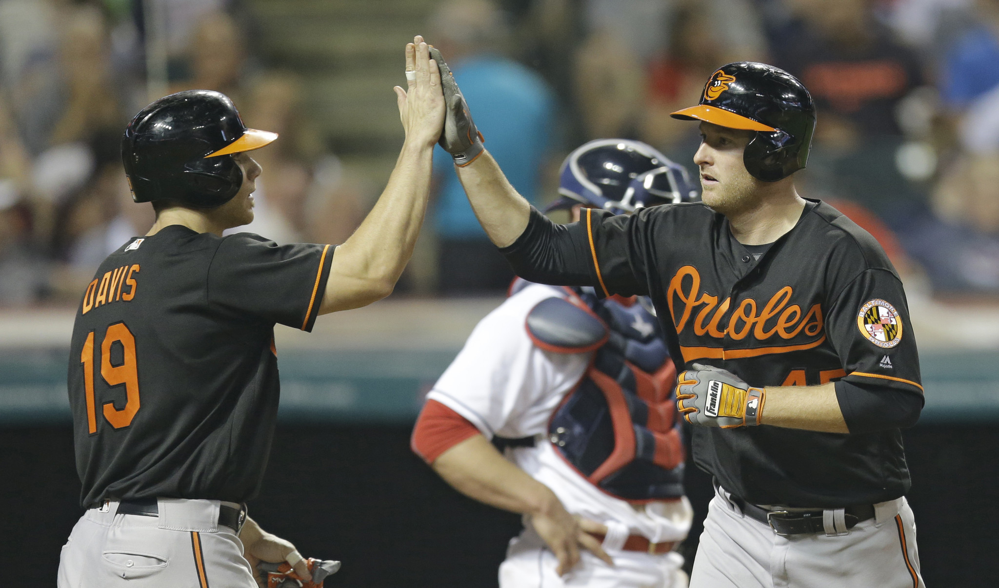 Bal-orioles-recap-bats-wake-up-birds-beat-indians-to-snap-4-game-skid-20160527