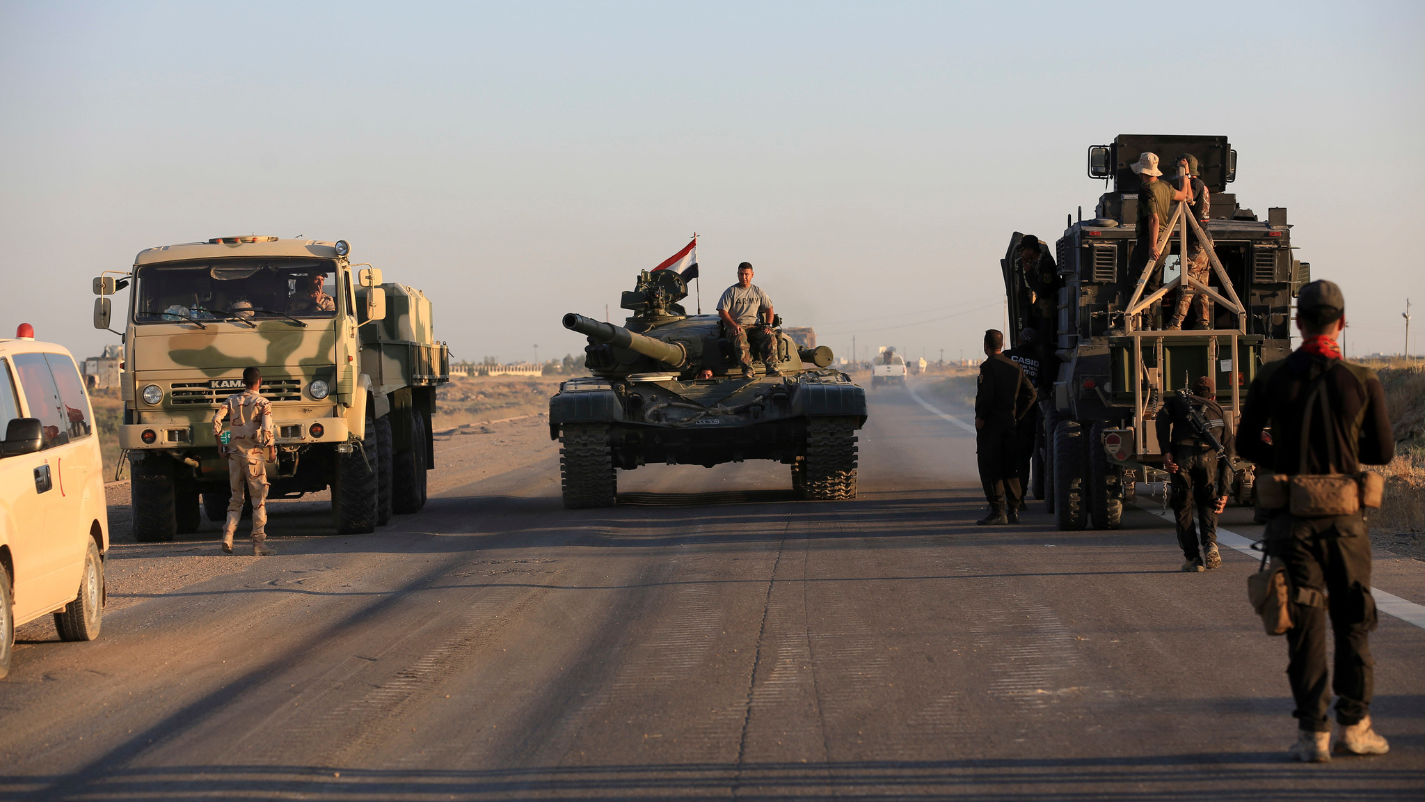 Iraqi troops begin operation to seize back Islamic State-held Fallujah