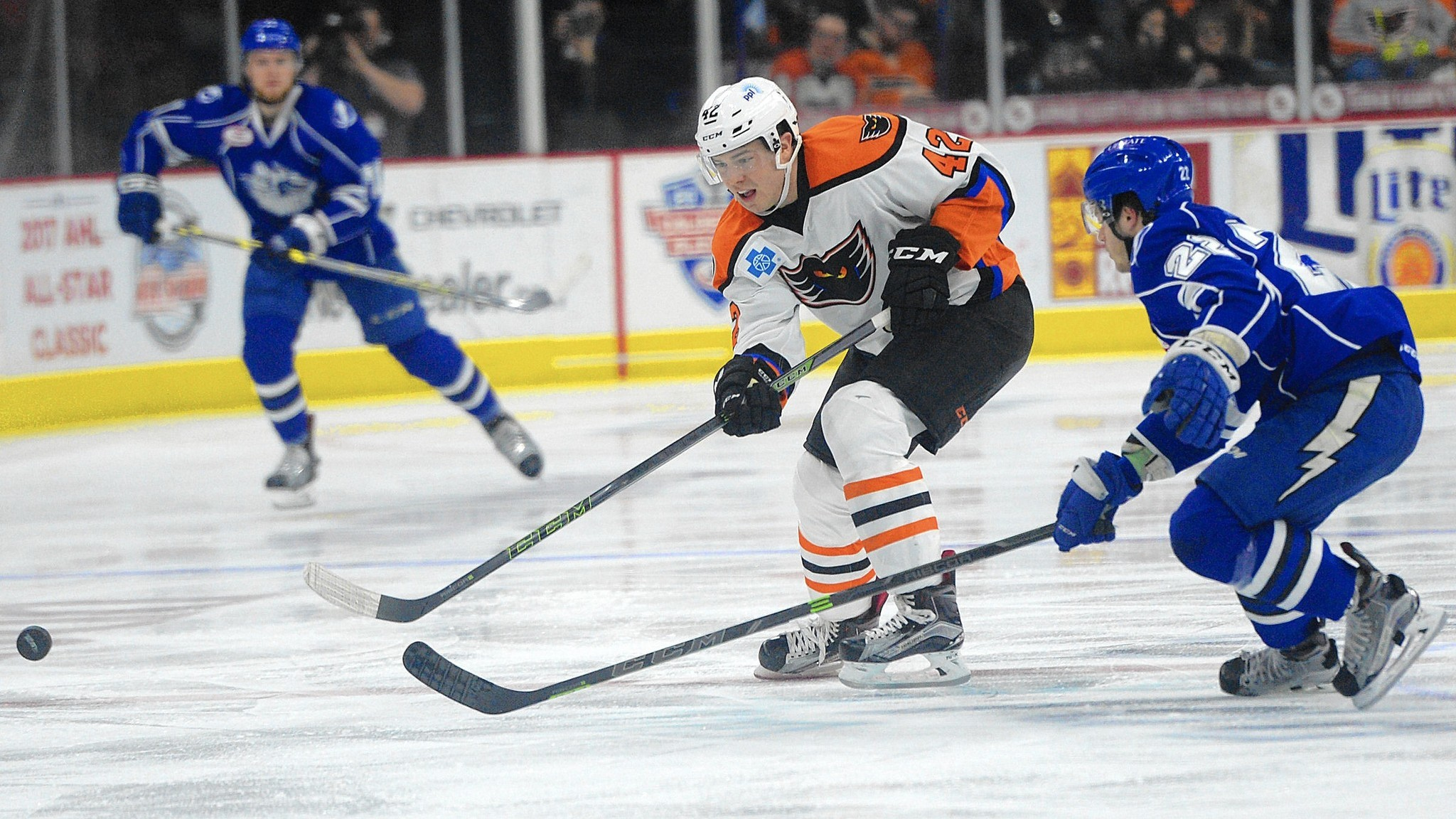 Mc-phantoms-steven-swavely-ahl-contract-20160531