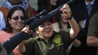 Nestora Salgado llega a L.A. para hacer visible a los presos políticos en México