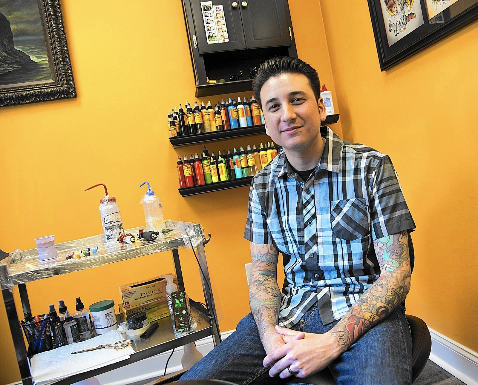 Annapolis ink master the art of permanent art baltimore sun for Tattoo shops in annapolis