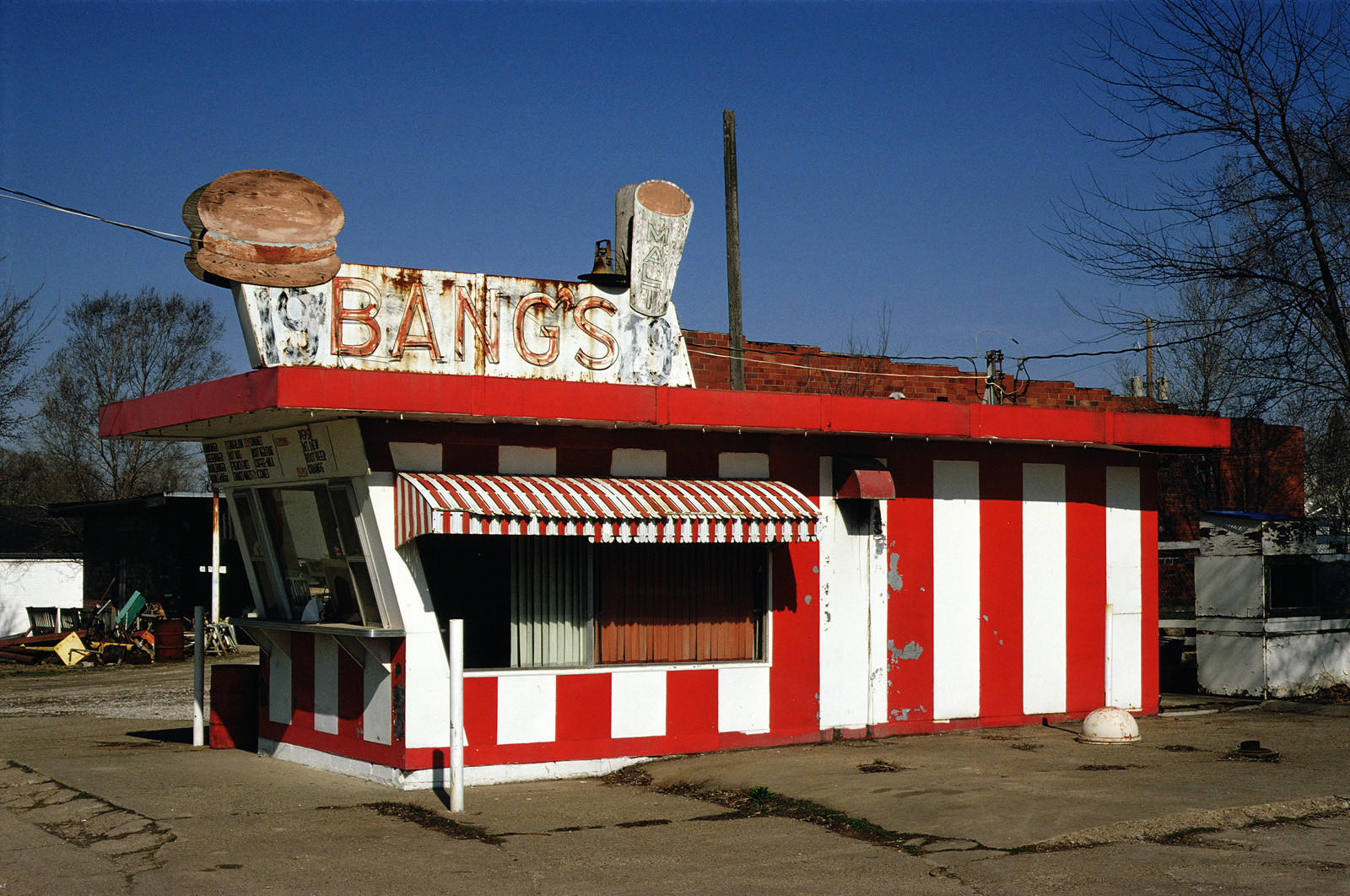 Bang's Drive-in Food Stand, Chariton, Iowa.