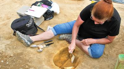 Archaeologists probe for lost colonial town at Gloucester Point