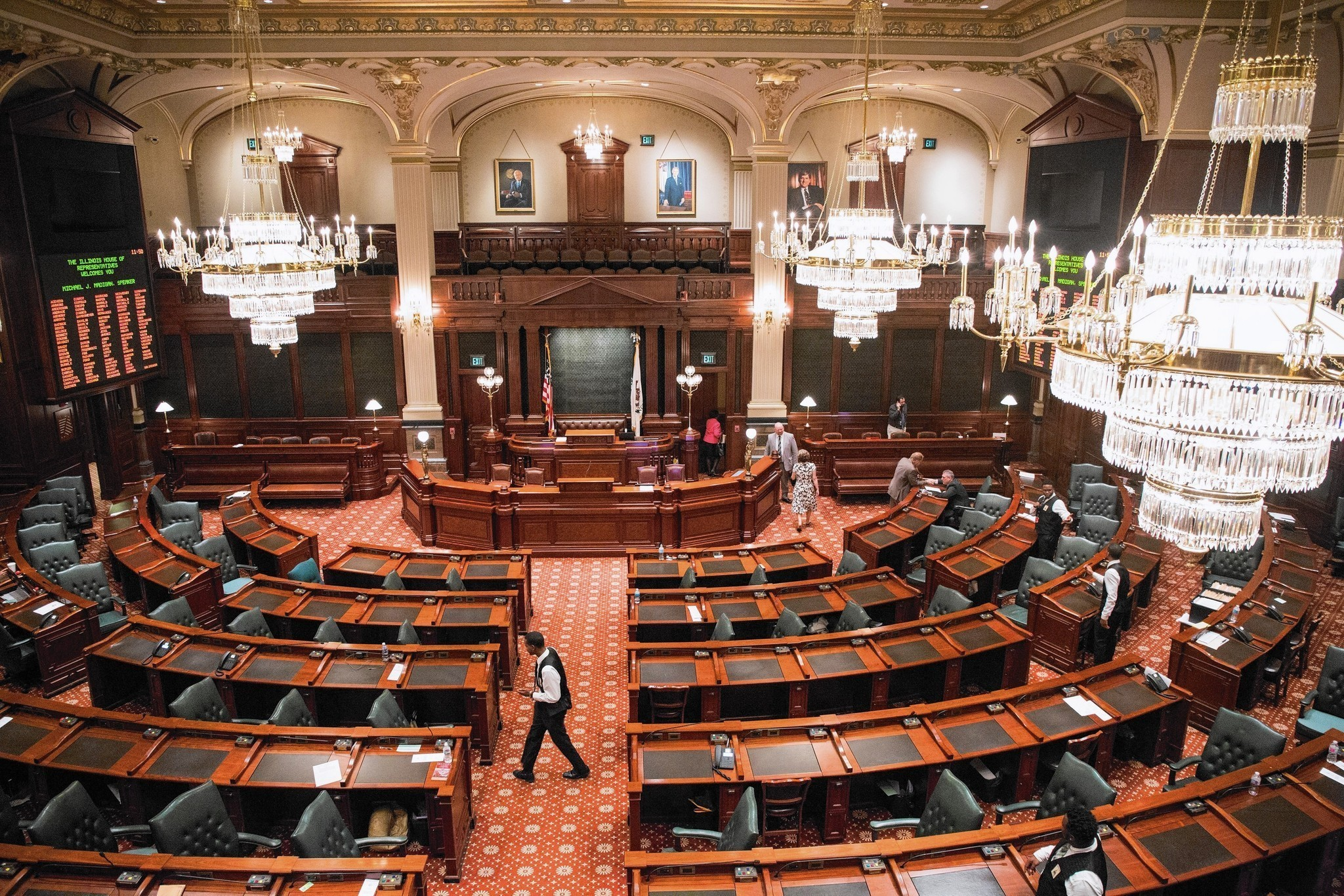 illinois lawmakers fail to approve budget but did send