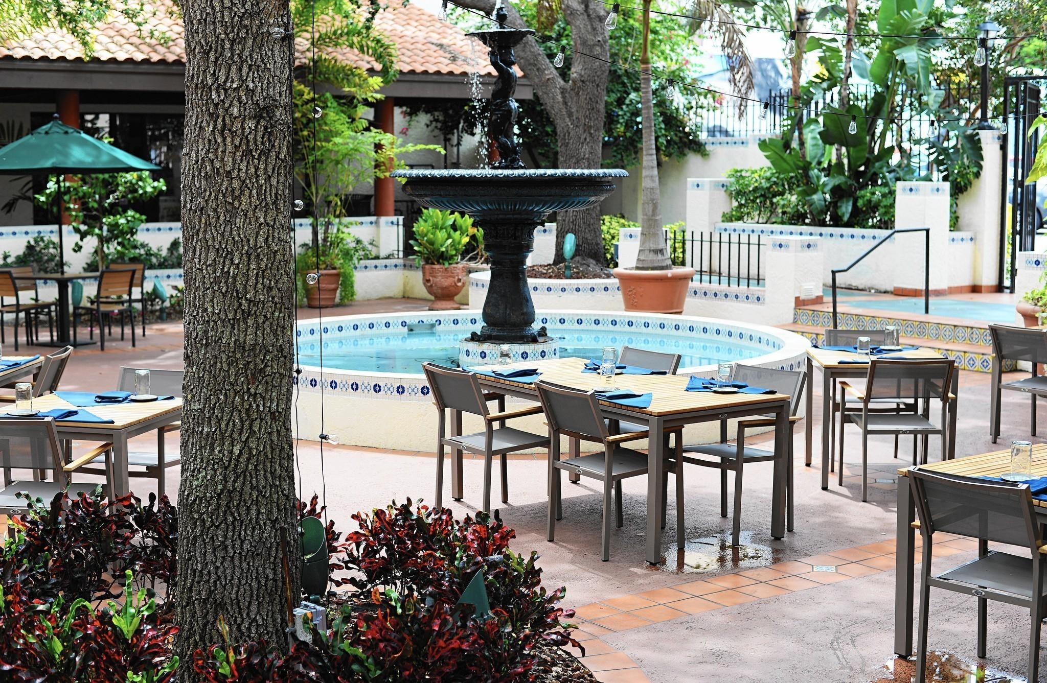 Jardin is still blooming for Jardin west palm