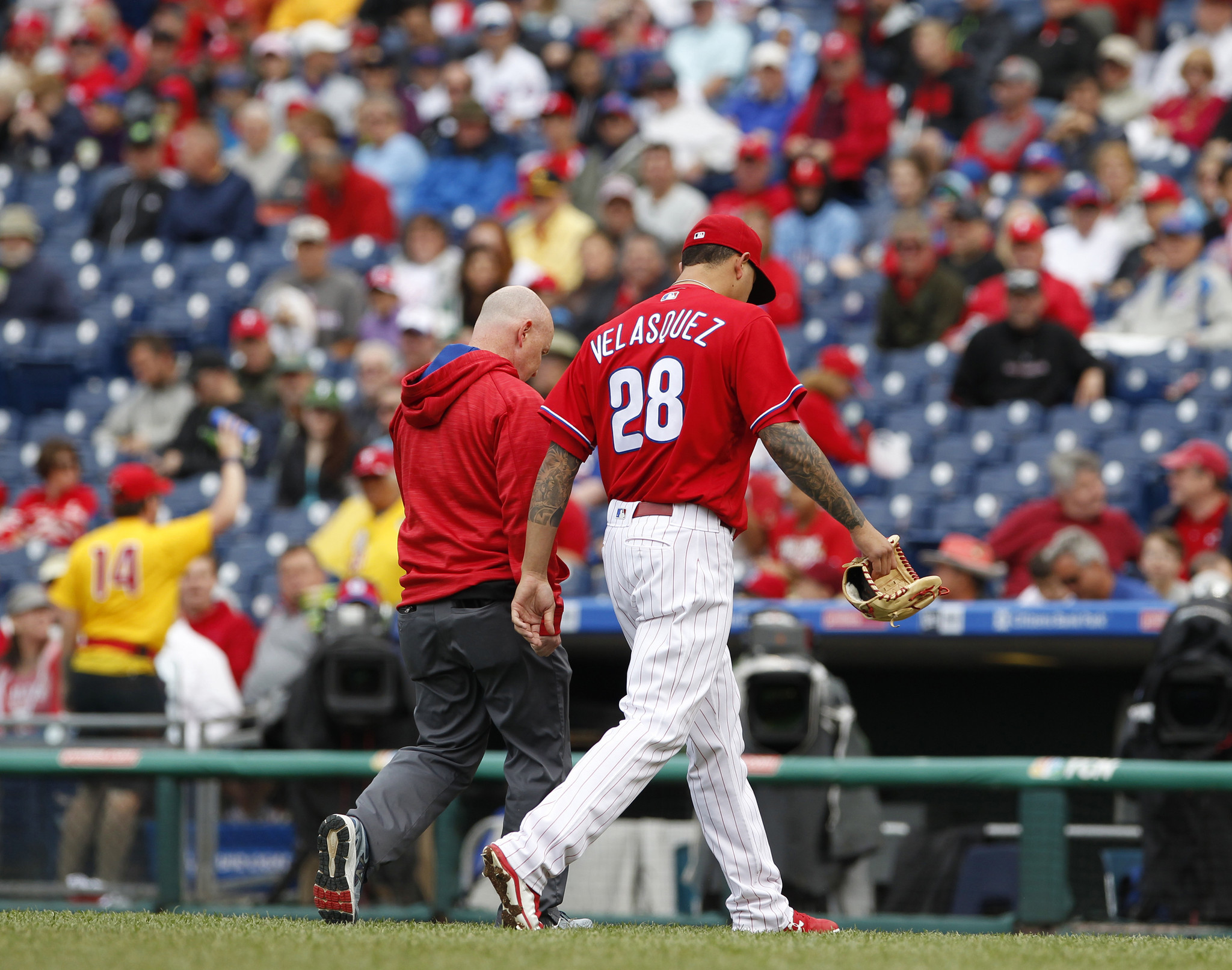 Mc-phillies-questions-answered-how-many-spare-elbows-do-they-have-20160610