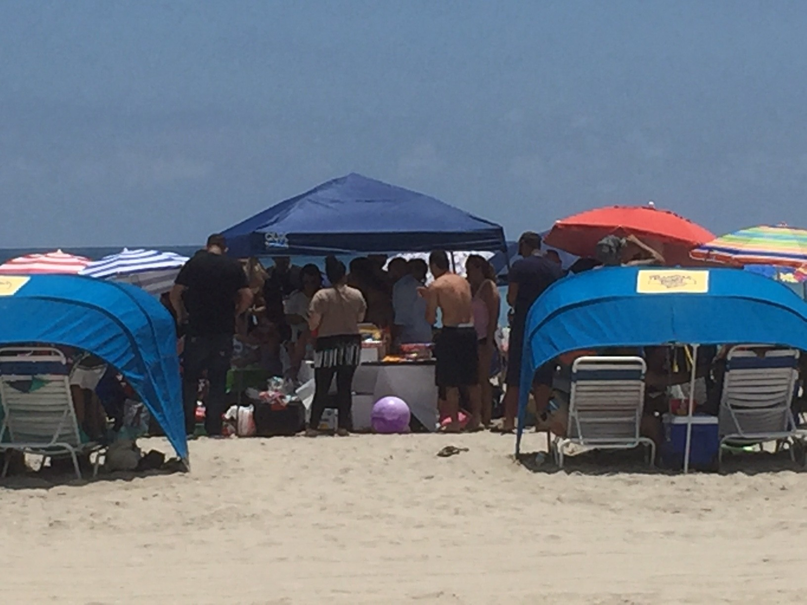 Hollywood eyes crackdown on umbrellas tents and coolers on beach - Sun Sentinel & Hollywood eyes crackdown on umbrellas tents and coolers on beach ...