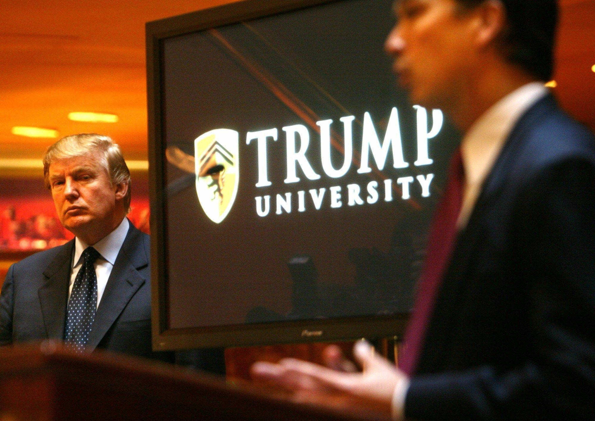 Donald Trump fights to keep videos of his Trump University testimony  private   LA Times. Donald Trump fights to keep videos of his Trump University