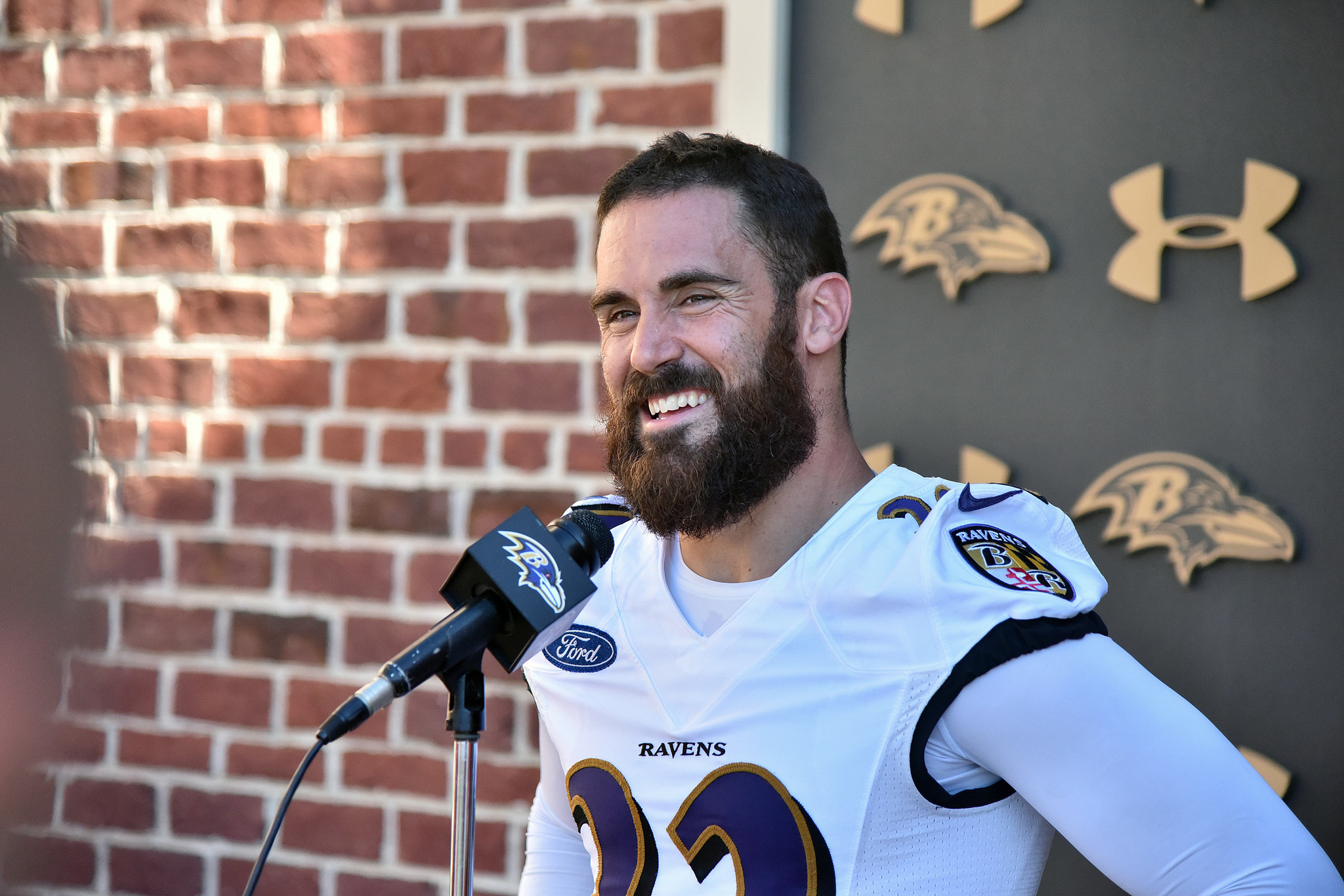 http://www.trbimg.com/img-57612963/turbine/bal-eric-weddle-on-being-a-baltimore-raven-20160615