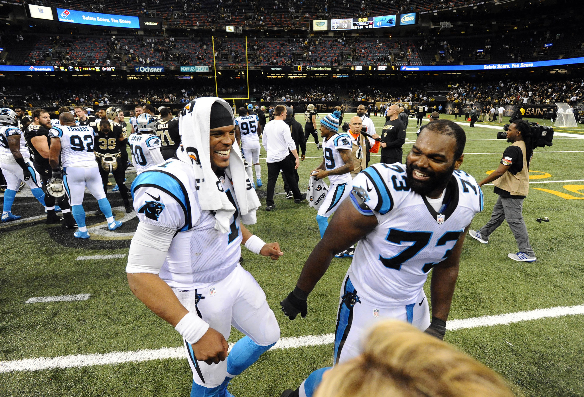 Bal-michael-oher-signs-three-year-extension-with-carolina-panthers-20160617