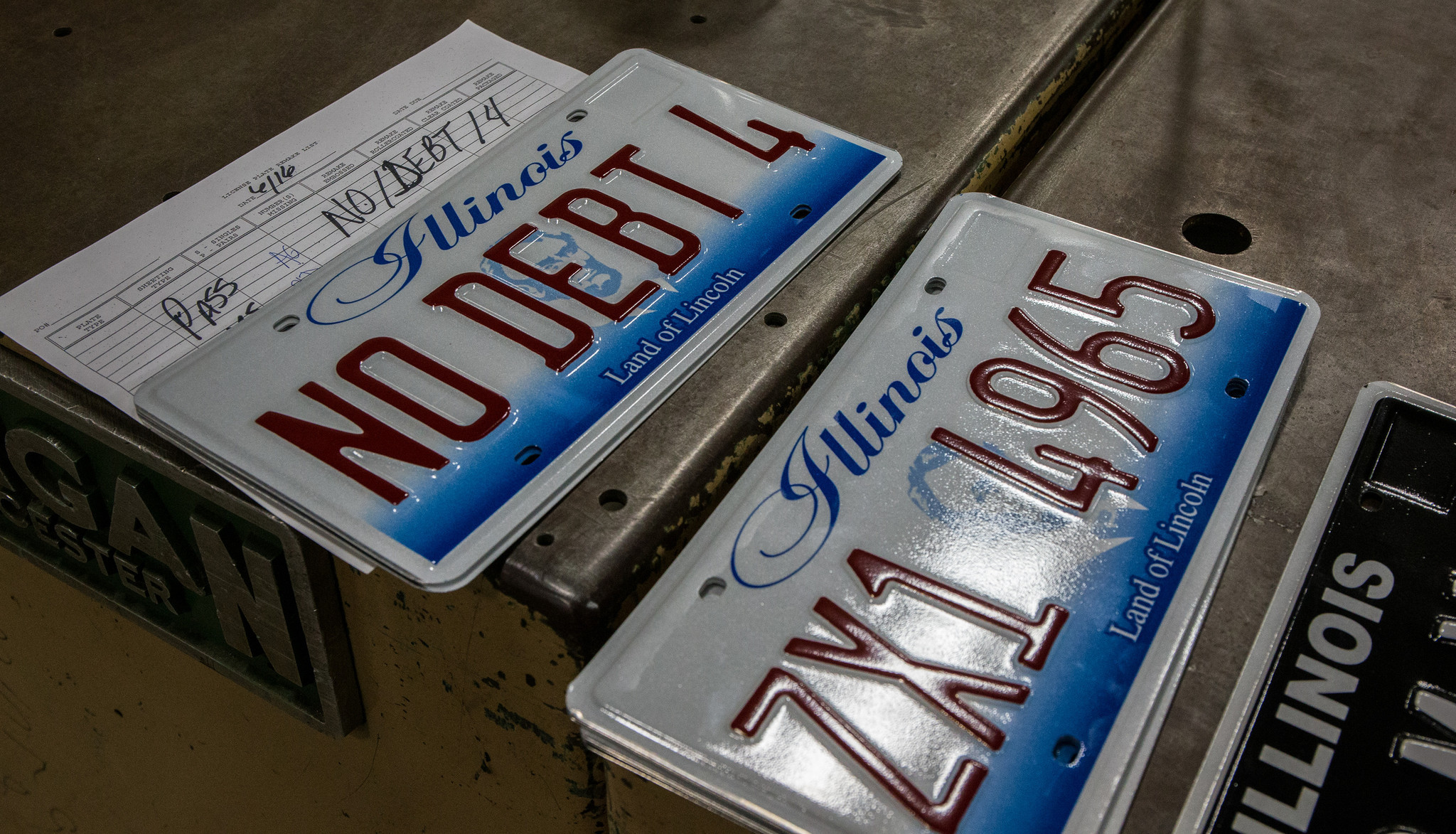 Illinois drivers so vain but not all plates get state ok chicago tribune