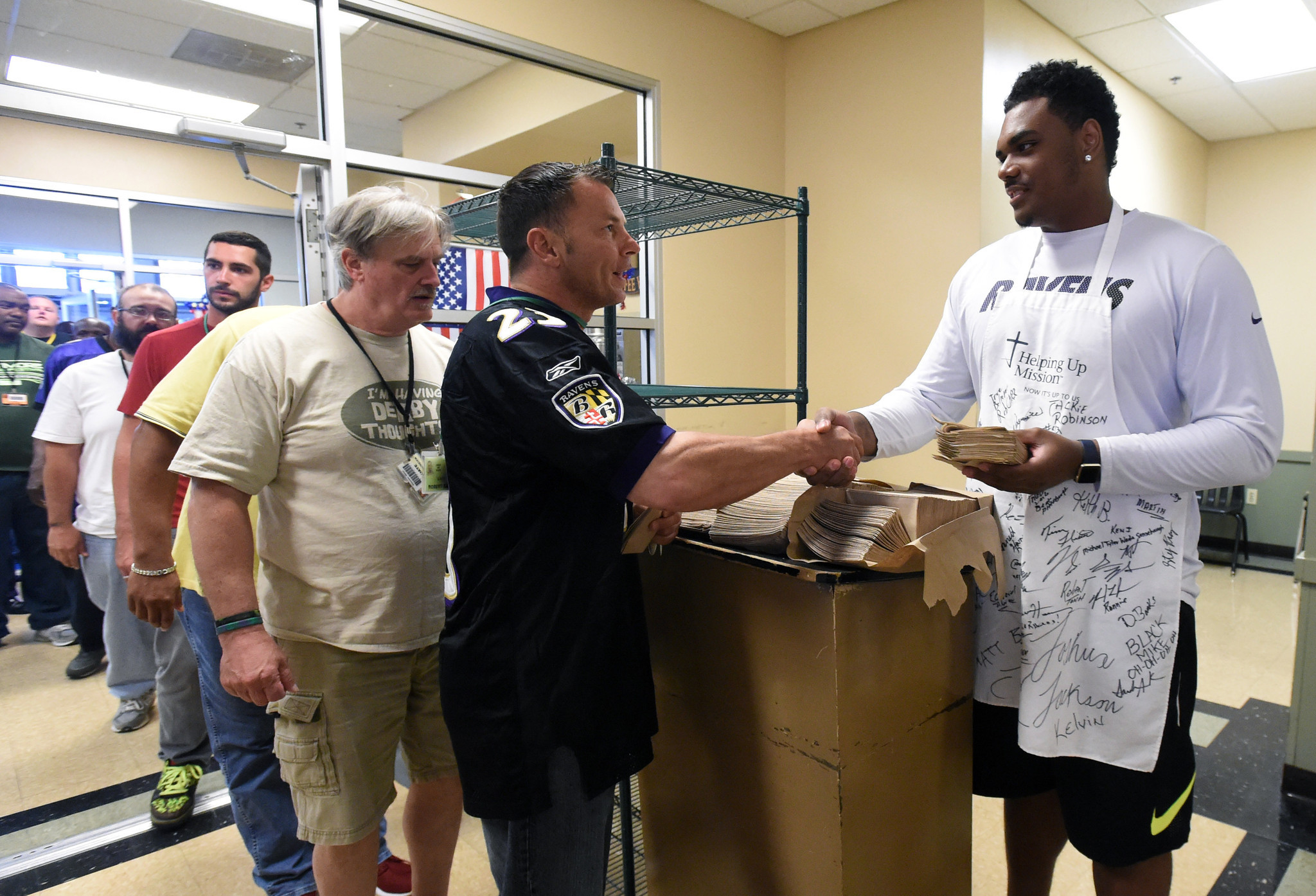 Bal-ravens-rookie-orientation-continues-with-helping-up-mission-event-20160620