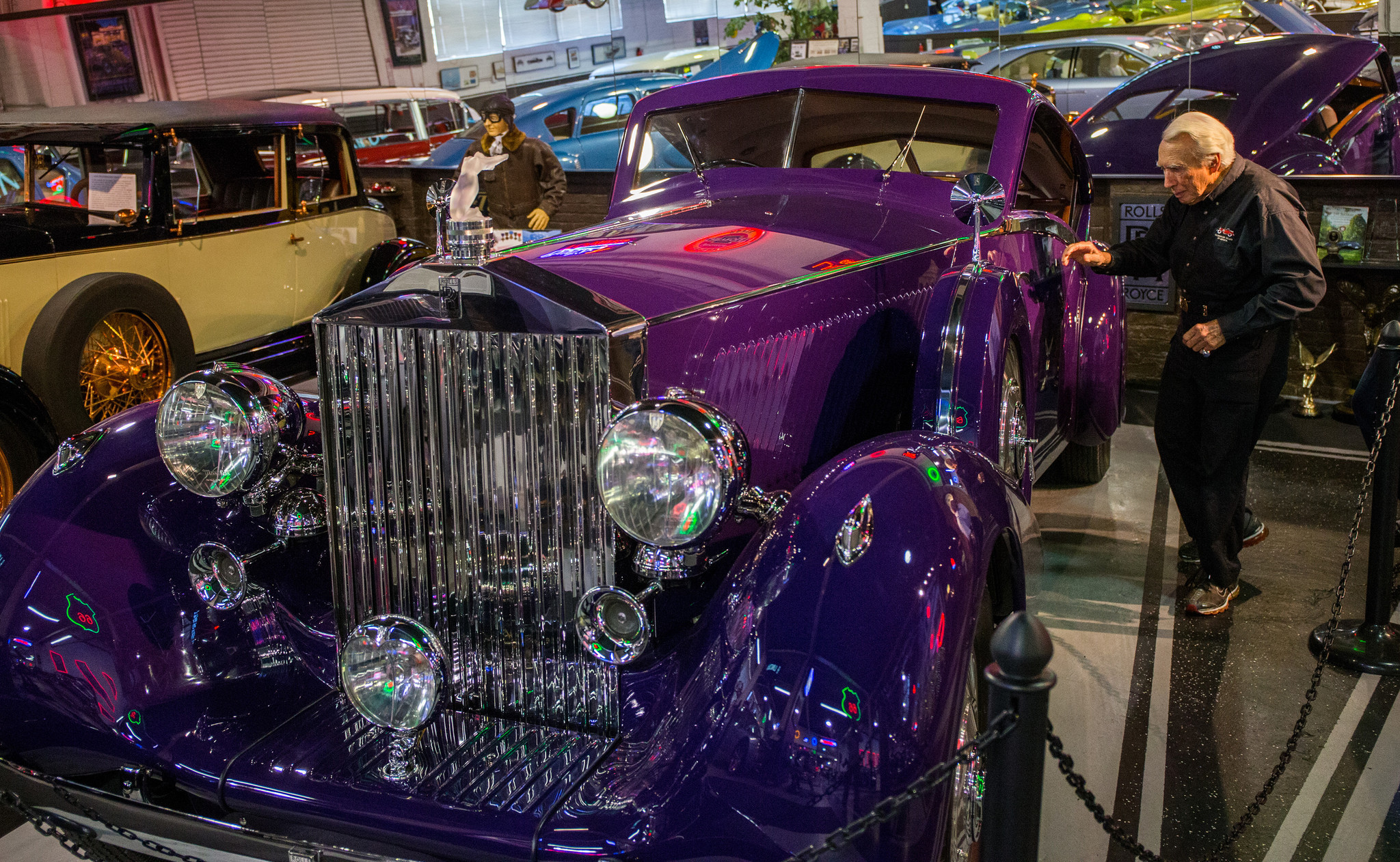 Meet Larry Klairmont, a Chicago collector as interesting as his 319 ...