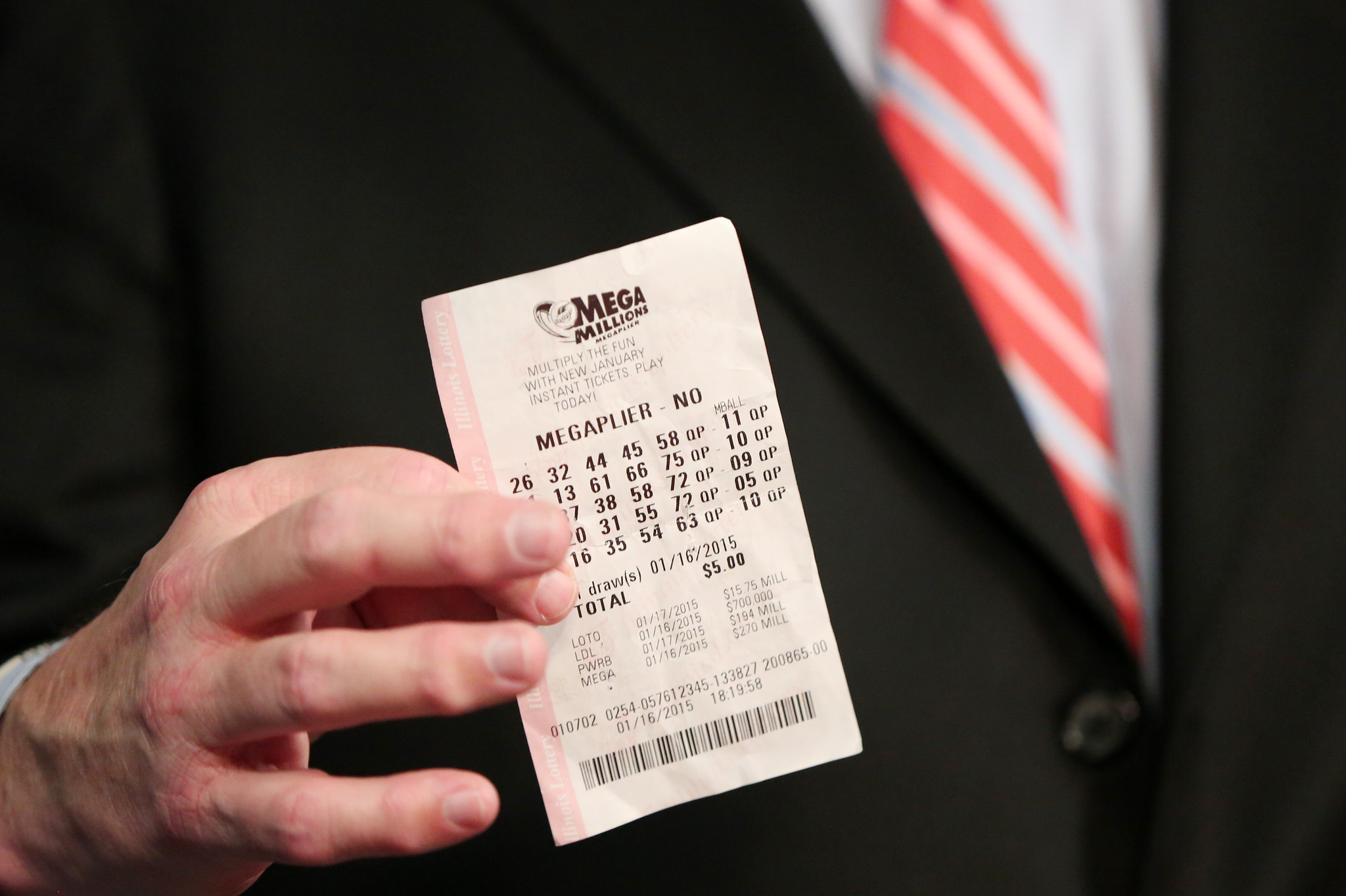 7th-largest Mega Millions lottery jackpot of $333M up for ...