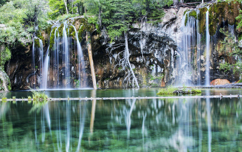 Waterfall at Hanging Lake, in Glenwood Canyon, about 7 miles east of Glenwood Springs, Colorado. (Rachel Jeffrey / EyeEm / Getty Images/EyeEm)