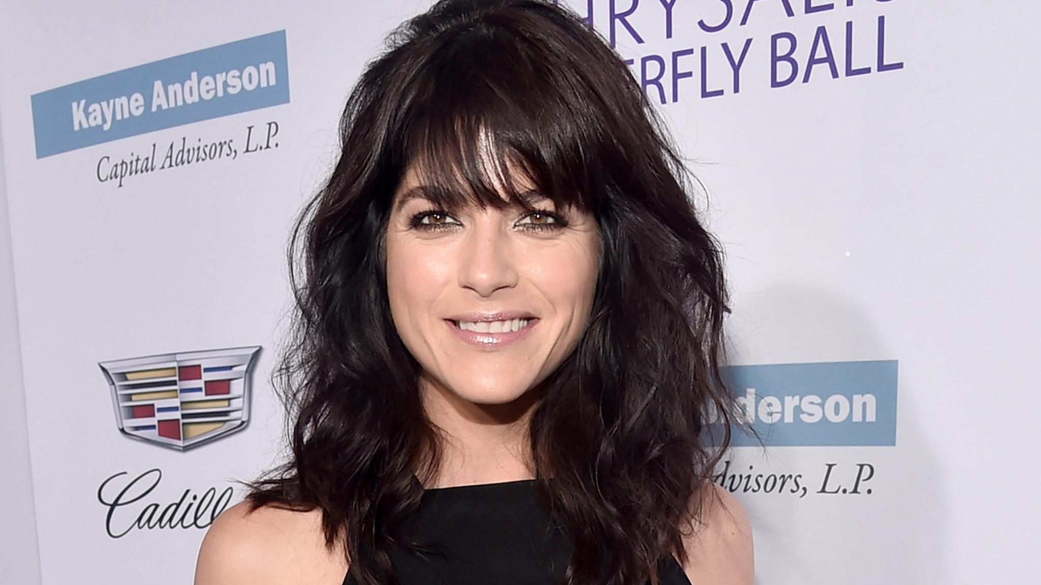 Selma Blair 'filled With Shame' After Incident On International Flight