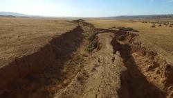 MOVEMENT - RISING & SINKING on the San Andreas Fault  - Page 2 250x141