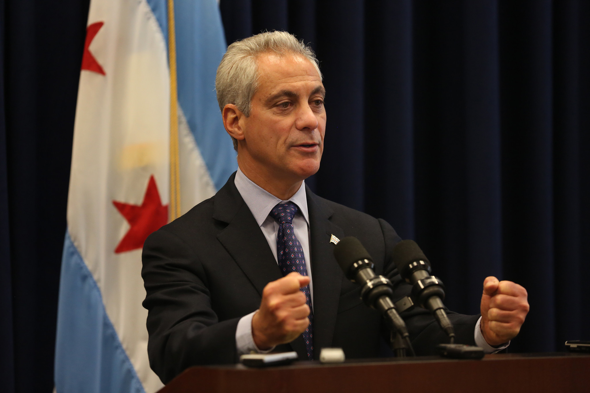 Emanuel's Airbnb rules take a big step toward approval