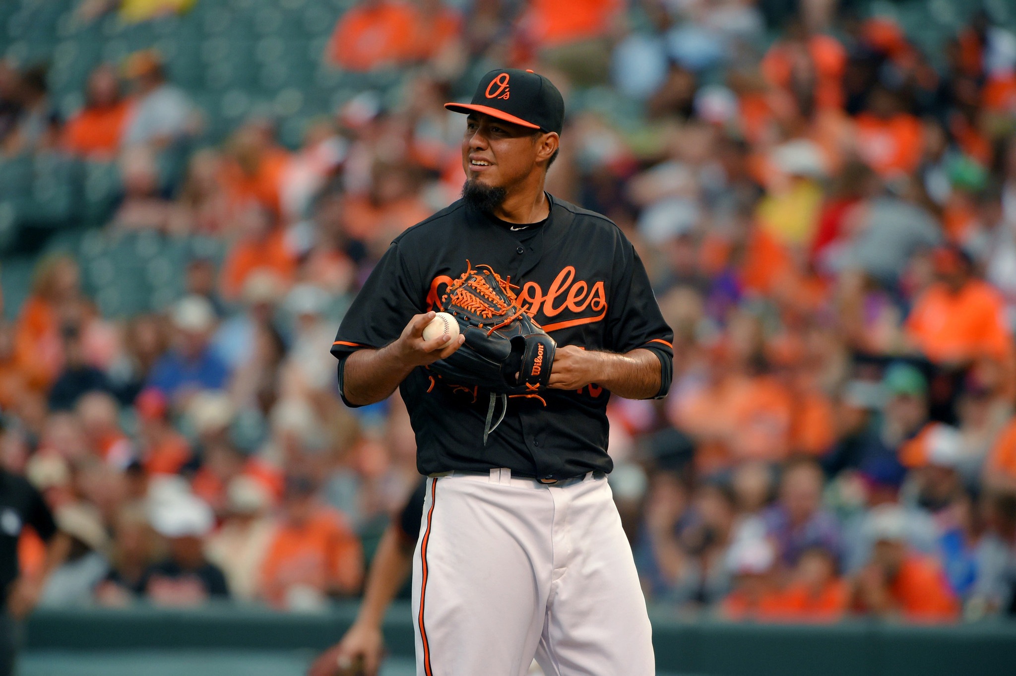 Bal-facing-early-exit-orioles-pitcher-yovani-gallardo-turns-fortunes-around-after-rocky-first-inning-20160624