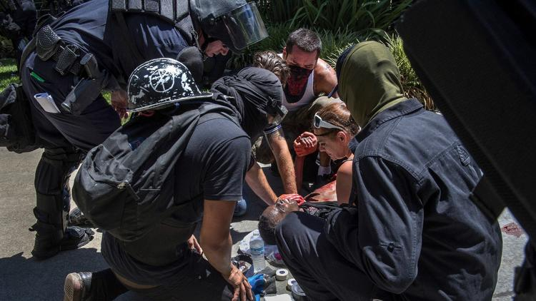7 stabbed at neo-Nazi rally in Sacramento