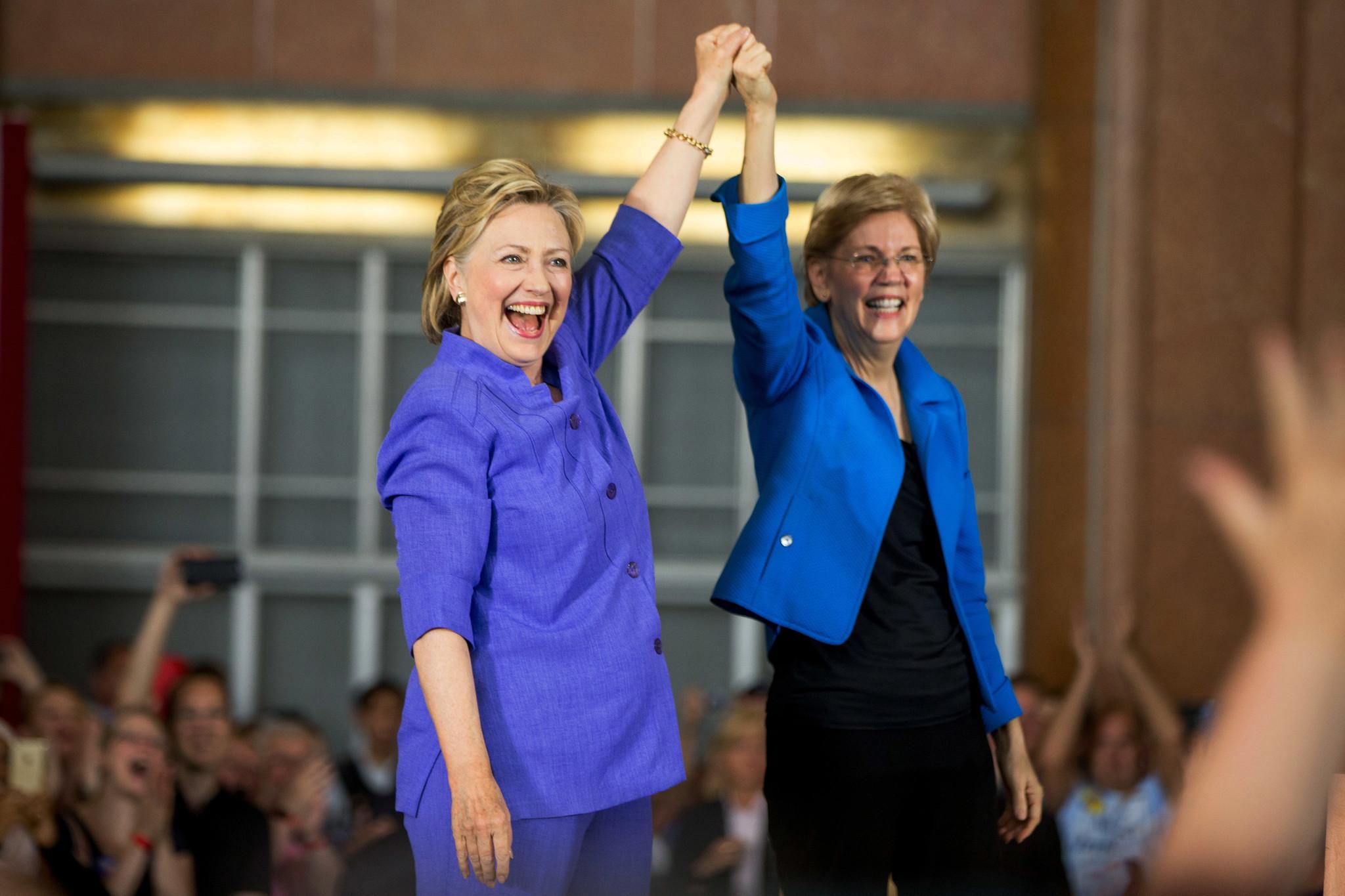 Hillary Clinton, Elizabeth Warren meet for 1st campaign event
